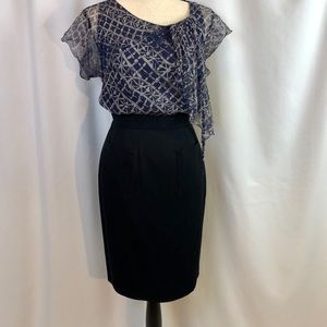Like New SZ40 Chanel Navy Pencil Skirt w/ Pockets